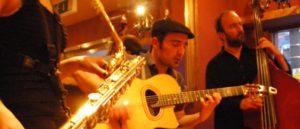 Bar Playing